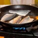 Φιλέτο ψαριού Fish from Greece στο τηγάνι 1